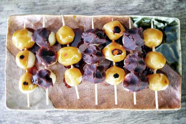 Mitarashi-Dango, un dessert japonais surprenant, l'histoire d'une obsession.